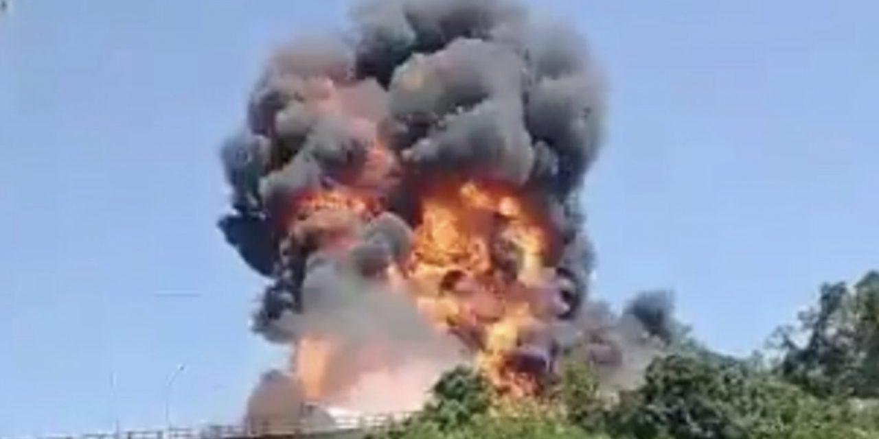 """<span class=""""entry-title-primary"""">Satélite registra acidente na BR-386 em Estrela</span> <span class=""""entry-subtitle"""">Caminhão carregado de combustível tombou e explodiu sobre ponte no Vale do Taquari </span>"""