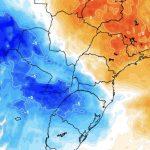 """<span class=""""entry-title-primary""""><span style='color:#ff0000;font-size:14px;'>REFRESCO DE OUTONO </span><br> O que esperar do ar frio no Brasil nesta semana?</span> <span class=""""entry-subtitle"""">Massa de ar frio alcançará o Sul, Centro-Oeste e o Sudeste do país com queda de temperatura </span>"""