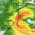 """<span class=""""entry-title-primary""""><span style='color:#ff0000;font-size:14px;'>CICLONE </span><br> Ciclone terá trajetória diferente do comum na costa do Brasil</span> <span class=""""entry-subtitle"""">Sistema surge no litoral do Uruguai e vai tomar a direção Norte no oceano </span>"""