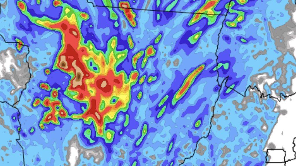 """<span class=""""entry-title-primary"""">Muita chuva em parte do Mato Grosso</span> <span class=""""entry-subtitle"""">Grande convergência de umidade favorece instabilidade no Centro-Oeste </span>"""