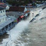 """<span class=""""entry-title-primary""""><span style='color:#ff0000;font-size:14px;'>CICLONE</span><br> Ciclone traz grandes ondas no litoral do Paraná</span> <span class=""""entry-subtitle"""">Forte agitação marítima alcançou hoje a orla da praia de Matinhos e circulação ciclônica manterá chuva com sol no Leste do Sul do Brasil </span>"""