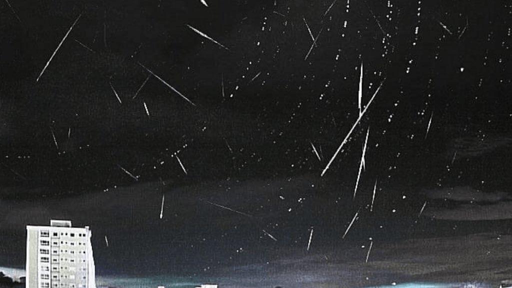 """<span class=""""entry-title-primary"""">Chuva de meteoros no céu do Rio Grande do Sul</span> <span class=""""entry-subtitle"""">A chuva de meteoros anual é causada pelos detritos do Cometa Thatcher, também identificado como C/1861. </span>"""