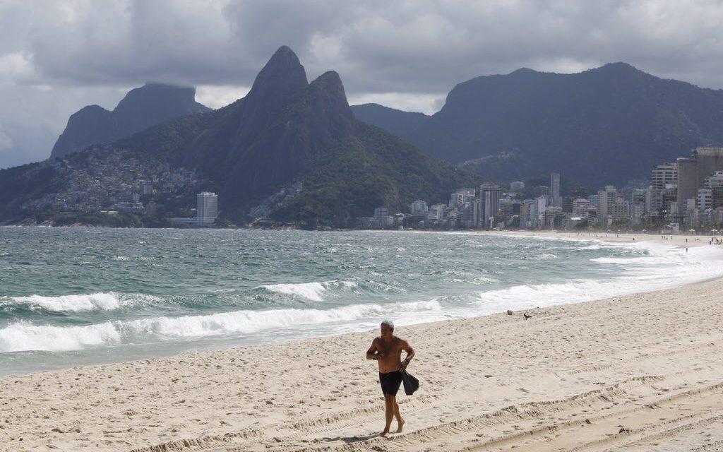 """<span class=""""entry-title-primary""""><span style='color:#ff0000;font-size:14px;'>REGIÃO SUDESTE </span><br> Sudeste terá dias de sol e calor, aponta a previsão do tempo</span> <span class=""""entry-subtitle"""">Fim de semana terá tempo mais aberto e tardes de verão no Sudeste do Brasil </span>"""