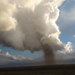 "<span class=""entry-title-primary""><span style='color:#ff0000;font-size:14px;'>TORNADO </span><br> Tornado surpreende na Argentina</span> <span class=""entry-subtitle"">Um tornado surpreendeu moradores da província argentina de Mendoza </span>"