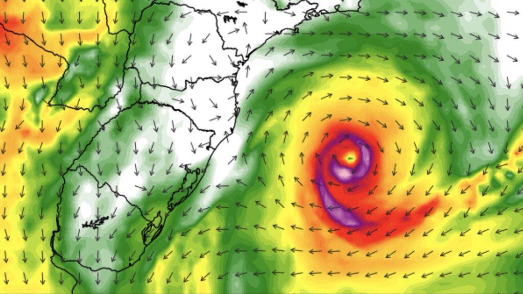 """<span class=""""entry-title-primary"""">Ciclone atípico vai atuar na costa do Sudeste e do Sul</span> <h2 class=""""entry-subtitle"""">Ciclone pode adquirir condição até tropical e se intensificar para um cenário mais raro no Atlântico Sul </h2>"""