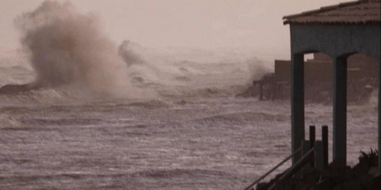 """<span class=""""entry-title-primary"""">Ondas de até seis metros na costa gaúcha</span> <h2 class=""""entry-subtitle"""">Ciclone extratropical que se forma neste domingo vai trazer vento muito intenso em mar aberto e gerar forte agitação marítima na costa </h2>"""