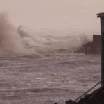 """<span class=""""entry-title-primary""""><span style='color:#ff0000;font-size:14px;'>ALERTA NO MAR </span><br> Ondas de até seis metros na costa gaúcha</span> <span class=""""entry-subtitle"""">Ciclone extratropical que se forma neste domingo vai trazer vento muito intenso em mar aberto e gerar forte agitação marítima na costa </span>"""
