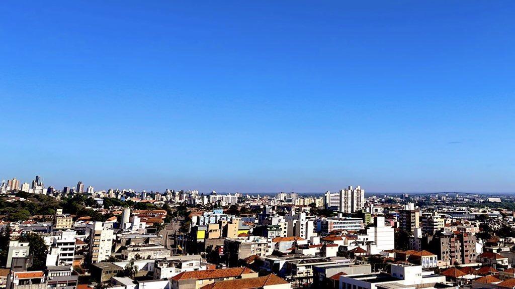 """<span class=""""entry-title-primary"""">Grande Porto Alegre tem primeiras mínimas de um dígito</span> <span class=""""entry-subtitle"""">Temperatura caiu abaixo de 10°C pela primeira vez no ano na região metropolitana nesta quarta-feira </span>"""