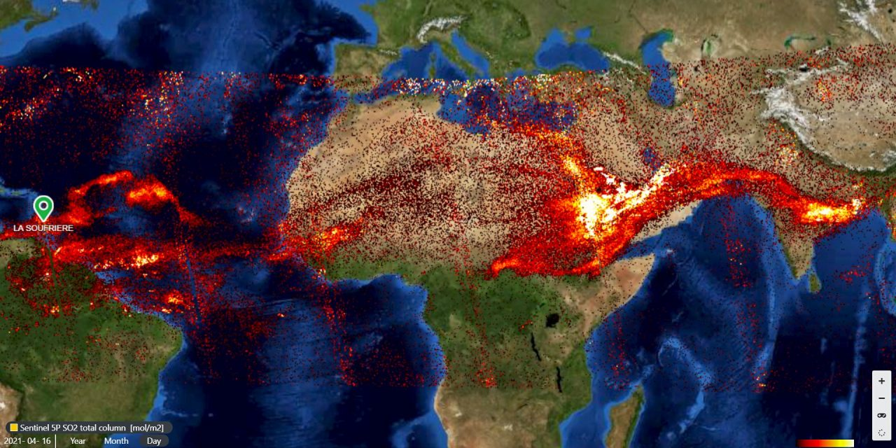 """<span class=""""entry-title-primary"""">Gases do vulcão La Soufrière encontram supertufão Surigae</span> <span class=""""entry-subtitle"""">Cinzas e gases do vulcão caribenho La Soufrière chegaram à estratosfera e cruzaram o mundo até o supertufão Surigae nas Filipinas </span>"""