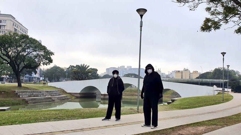 """<span class=""""entry-title-primary"""">Geada e mínimas do ano na Grande Porto Alegre</span> <h2 class=""""entry-subtitle"""">Região metropolitana começou a sexta-feira com frio de 3°C, geada isolada e nuvens baixas em Porto Alegre.</h2>"""
