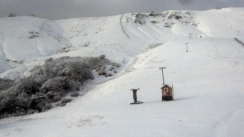 """<span class=""""entry-title-primary"""">Neve na Argentina sinaliza o frio que está a caminho</span> <span class=""""entry-subtitle"""">Nevou pela primeira vez neste ano em Neuquen e na famosa estação de esqui de Cerro Chapelco </span>"""