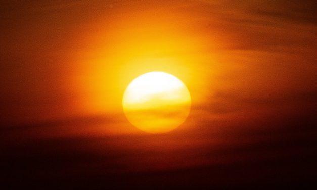 Frente quente trará temporais e forte calor fora de época