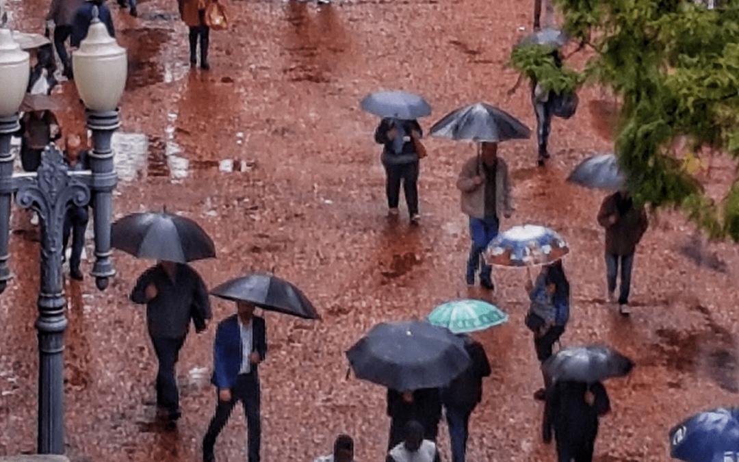 Maior episódio de chuva em meses no Sul do Brasil Volumes altos serão registrados em pontos do Rio Grande do Sul, Santa Catarina e o Paraná como não se vê em meses em termos de abrangência de precipitação