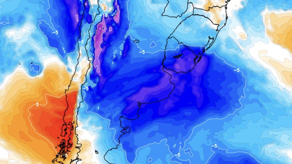 """<span class=""""entry-title-primary"""">Frio de 15°C abaixo de zero na Argentina e vai esfriar mais</span> <h2 class=""""entry-subtitle"""">Ar polar que chega ao Rio Grande do Sul derrubou a temperatura na Argentina e uma nova incursão de ar gelado muito mais forte avançará pelo país vizinho na segunda metade da semana </h2>"""