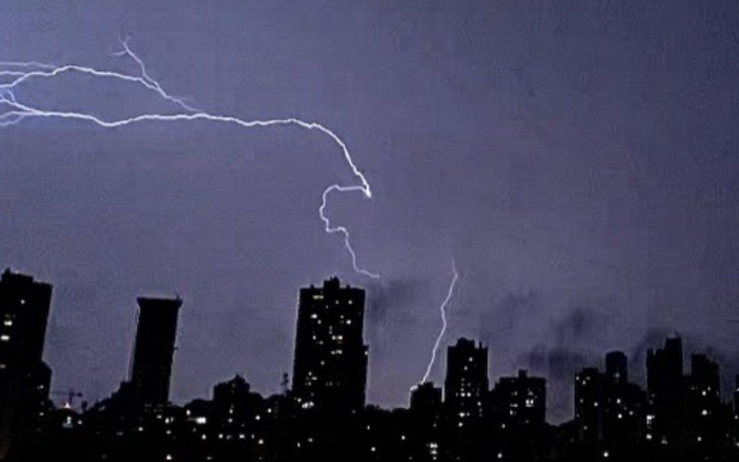O que você precisa saber do tempo em dez pontos Próximos dias serão bastante movimentados na atmosfera do Sul do Brasil