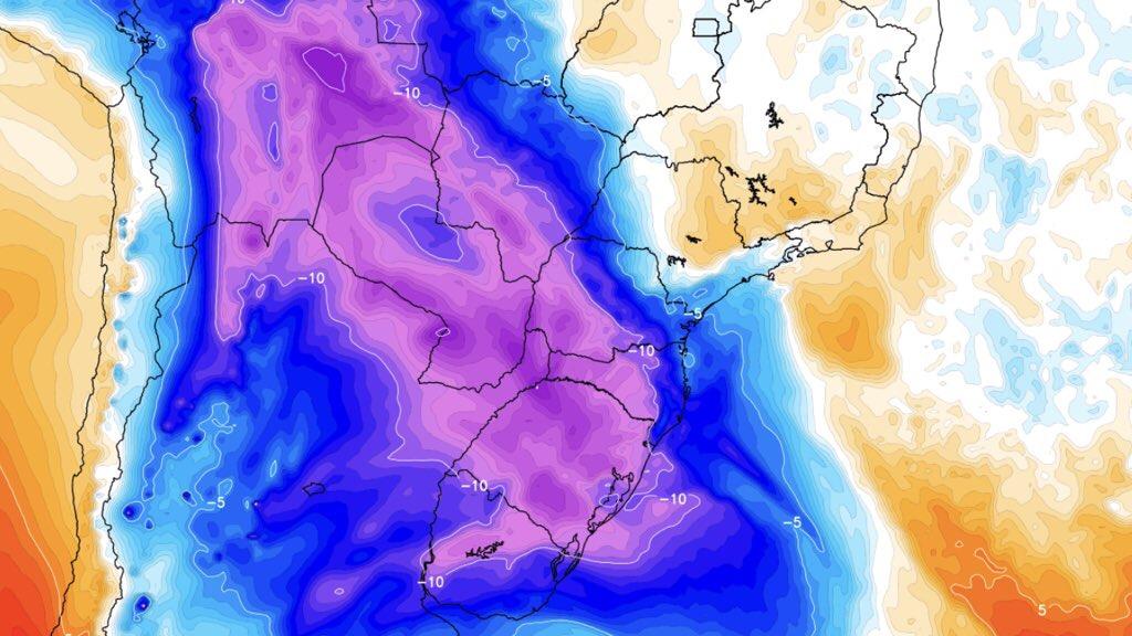 """<span class=""""entry-title-primary"""">Poderosa massa de ar polar chega ao Brasil com chance de neve no Sul do país</span> <span class=""""entry-subtitle"""">Potente massa de ar frio de origem polar trará geada e mínimas abaixo de zero para a maioria dos estados do Centro-Sul do Brasil e chance de neve no Rio Grande do Sul, Santa Catarina e o Paraná com vento forte por um intenso ciclone e muito baixa sensação térmica </span>"""