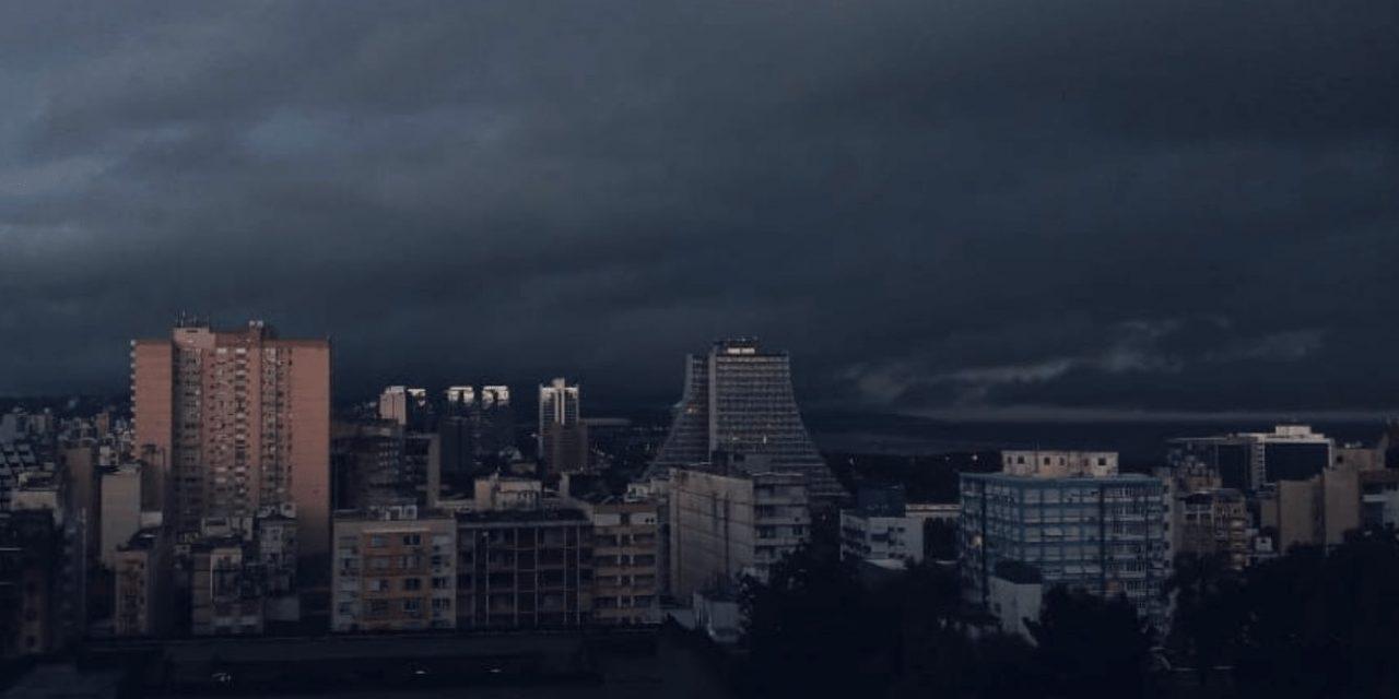 Chuva excessiva, muitos raios e granizo isolado na Grande Porto Alegre