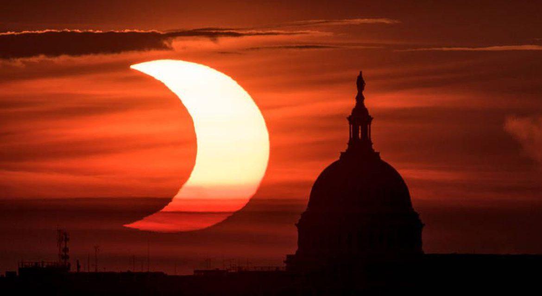 "<span class=""entry-title-primary"">Espetáculo no céu do Nordeste dos Estados Unidos</span> <span class=""entry-subtitle"">Eclipse anular coincidiu com o amanhecer e proporcionou belas imagens nesta quinta-feira </span>"