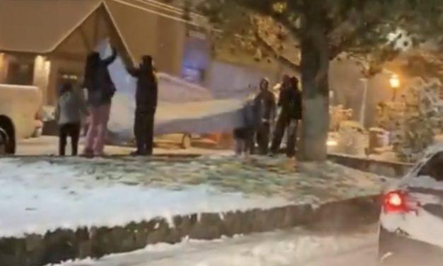 Argentinos celebram Copa América sob neve