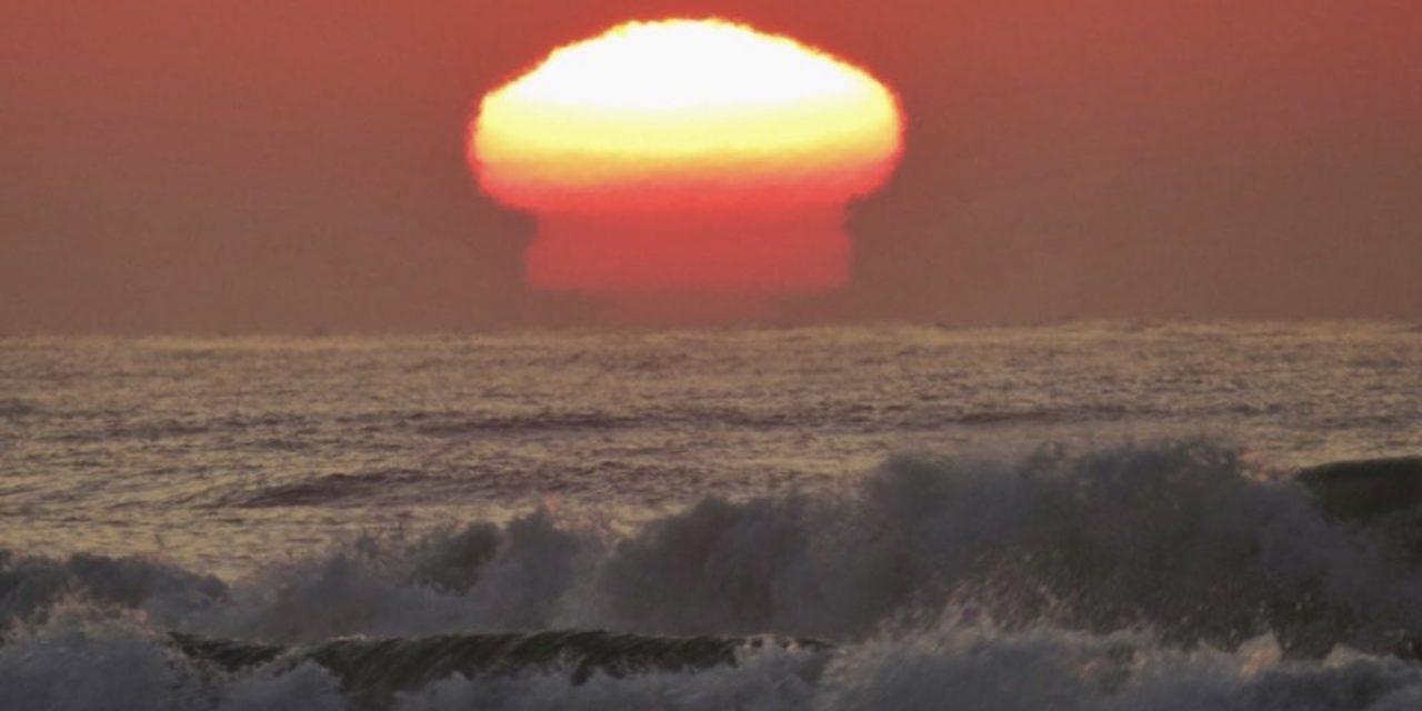 """<span class=""""entry-title-primary"""">Afinal, o que aconteceu com o sol no litoral gaúcho?</span> <h2 class=""""entry-subtitle"""">Entenda o processo físico que levou o sol a parecer um cogumelo nuclear sobre o mar hoje cedo na praia de Torres </h2>"""
