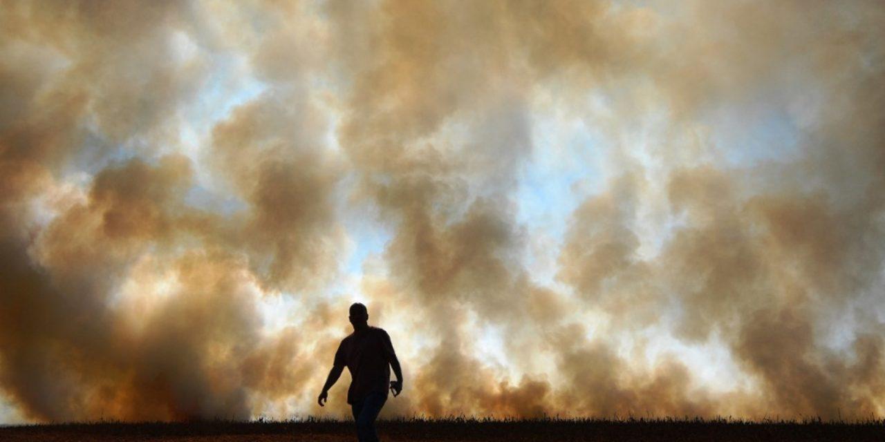 """<span class=""""entry-title-primary"""">Umidade despenca em grande parte do Brasil e dispara o risco de queimadas</span> <span class=""""entry-subtitle"""">Centro-Oeste do Brasil é a região que tem enfrentado os menores índices de umidade relativa do ar durante a tarde e que apresenta o mais alto risco de fogo em vegetação </span>"""
