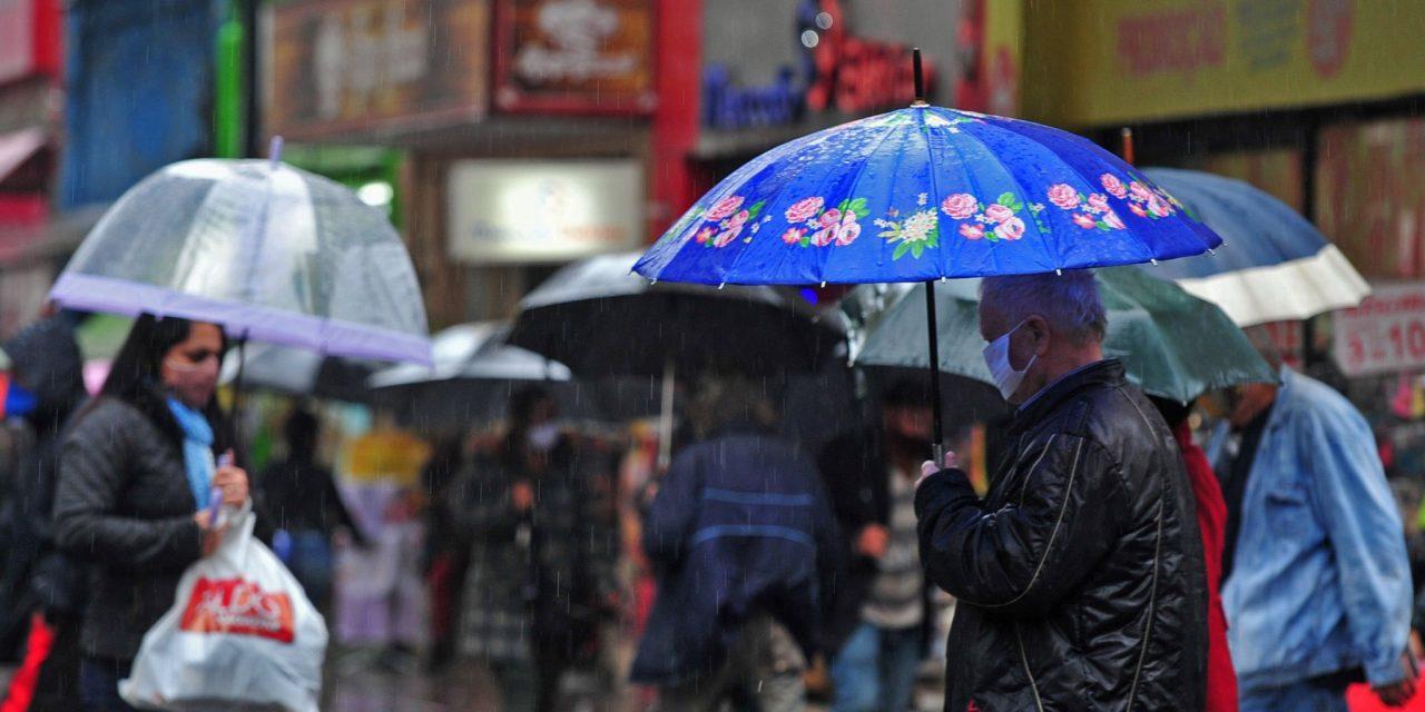 """<span class=""""entry-title-primary"""">Veja a previsão do tempo para esta quinta-feira (15/7)</span> <span class=""""entry-subtitle"""">Frente fria traz chuva hoje mais concentrada na Metade Norte do Rio Grande do Sul </span>"""