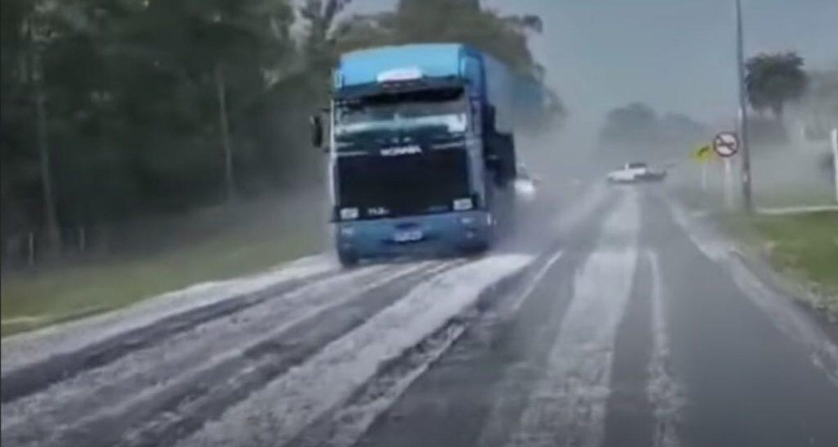 """<span class=""""entry-title-primary"""">Frente fria com granizo no Uruguai trará chuva no Sul do Brasil</span> <h2 class=""""entry-subtitle"""">Instabilidade no Sul do país deve ocorrer entre amanhã e sexta-feira</h2>"""