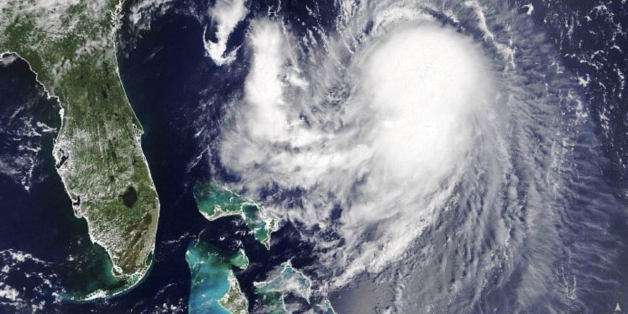 """<span class=""""entry-title-primary"""">Furacão atinge a região com mais brasileiros nos Estados Unidos</span> <h2 class=""""entry-subtitle"""">Furacão Henri castigará neste domingo Nova York e a região da Nova Inglaterra com inundações, erosão costeira e vento acima de 120 km/h </h2>"""