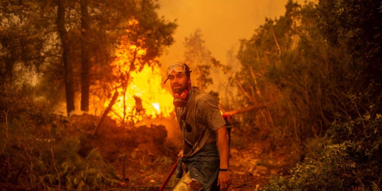 """<span class=""""entry-title-primary"""">Lúcifer traz fogo e calor extremo na Europa e África</span> <h2 class=""""entry-subtitle"""">Centro de alta pressão batizado de Lúcifer gera tempo seco e calor extremo com recordes históricos de temperatura e uma onda de incêndios em diversos países</h2>"""