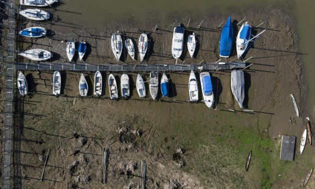 Seca do Rio Paraná ameaça abastecimento de água no Brasil e Argentina