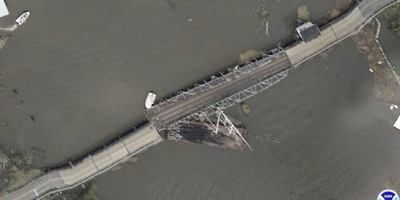 """<span class=""""entry-title-primary"""">Imagens aéreas mostram a devastação de Ida</span> <h2 class=""""entry-subtitle"""">Muitas construções foram totalmente destruídas e quase nenhuma escapou sem danos na costa da Louisiana</h2>"""