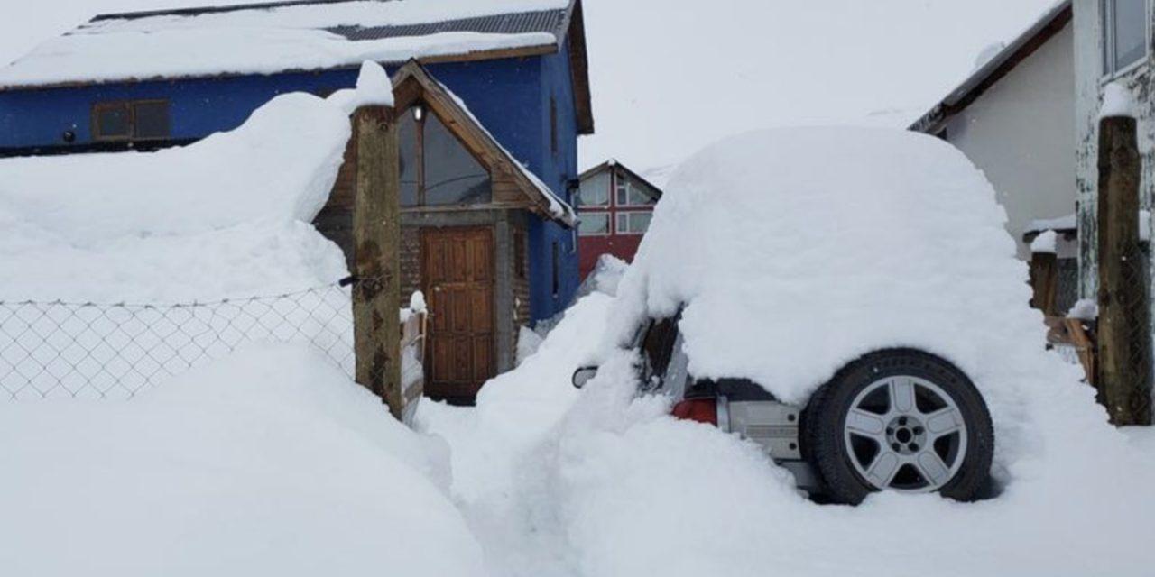 """<span class=""""entry-title-primary"""">Neve cobre a Patagônia e vem outra nevasca</span> <h2 class=""""entry-subtitle"""">Algumas áreas da região da Patagônia tiveram quase dois metros de neve nos últimos dias com a tempestade de inverno que atingiu a região</h2>"""