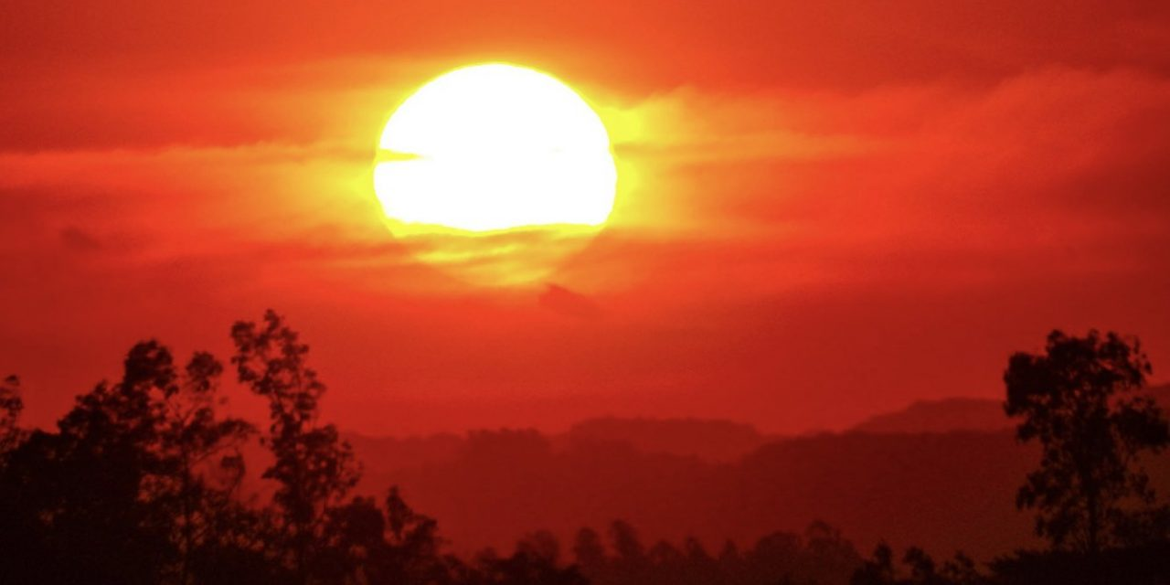 """<span class=""""entry-title-primary"""">É normal tanto calor como hoje em pleno inverno?</span> <h2 class=""""entry-subtitle"""">Rio Grande do Sul terá uma tarde em que a temperatura máxima ficará entre 36°C e 38°C em pleno inverno </h2>"""