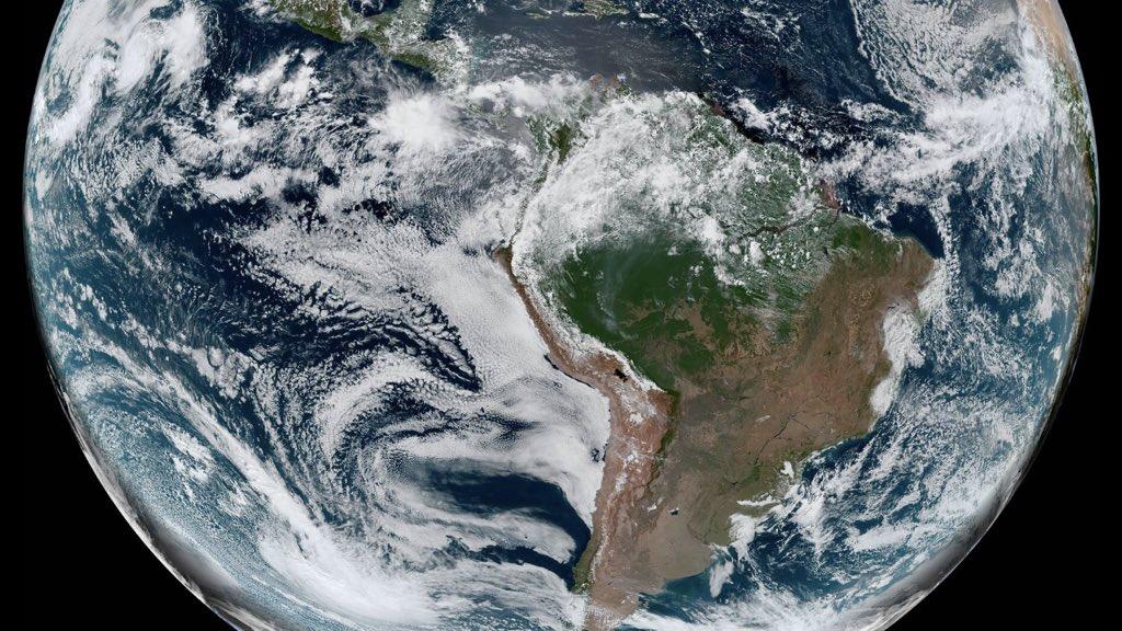 """<span class=""""entry-title-primary"""">Grande parte do Brasil sem nuvens</span> <h2 class=""""entry-subtitle"""">Uma enorme massa de ar seco e de alta pressão que foi reforçada pela onda polar domina diversas regiões brasileiras neste começo de semana </h2>"""