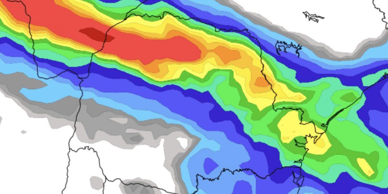 """<span class=""""entry-title-primary"""">Frente fria traz chuva no Paraná após calor recorde</span> <h2 class=""""entry-subtitle"""">Chuva atinge diversas regiões do Paraná hoje com a chegada de uma frente fria que põe fim ao longo período de calor com recordes de máximas </h2>"""