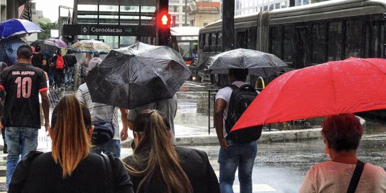 """<span class=""""entry-title-primary"""">Previsão do tempo – Chuva e refresco em São Paulo e Rio de Janeiro</span> <h2 class=""""entry-subtitle"""">Frente fria traz chuva e queda de temperatura nas duas maiores cidades do país no final desta semana com maiores volumes em São Paulo </h2>"""