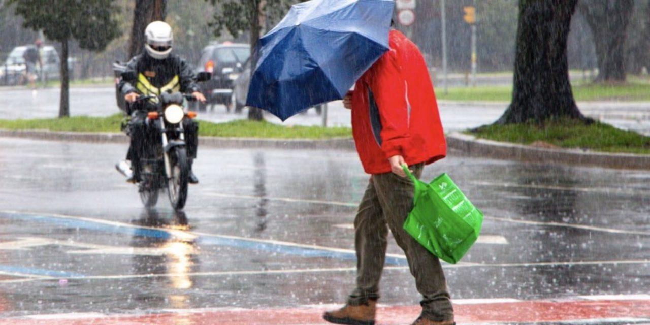 """<span class=""""entry-title-primary"""">Chuva retorna ao Sul do Brasil com uma frente fria</span> <h2 class=""""entry-subtitle"""">Frente fria começa a ingressar no Rio Grande do Sul nesta segunda-feira e vai trazer chuva para os três estados do Sul até a metade da semana</h2>"""