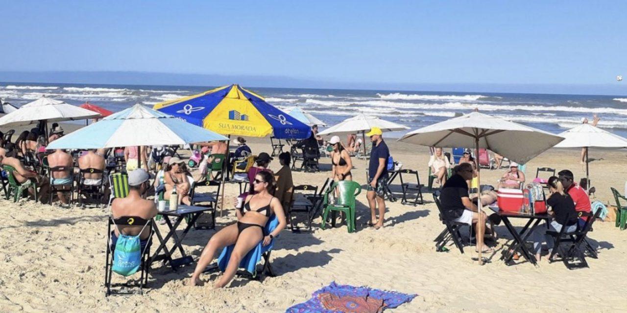 """<span class=""""entry-title-primary"""">Deu praia!</span> <h2 class=""""entry-subtitle"""">Sol apareceu no Litoral Norte do Rio Grande do Sul neste sábado de começo de feriadão farroupilha </h2>"""