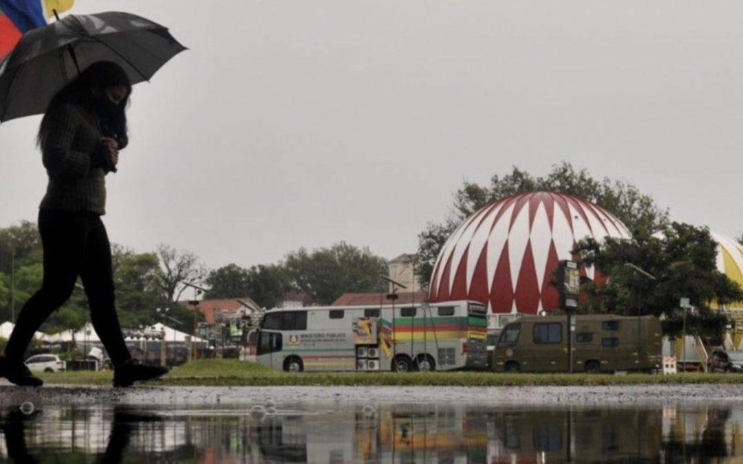 Chuva já supera 100 mm em parte do Rio Grande do Sul Intensas precipitações são registradas no interior gaúcho e os volumes devem aumentar ainda mais nas próximas horas