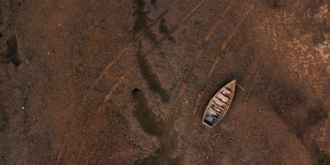 """<span class=""""entry-title-primary"""">Segundo maior rio da América do Sul está secando</span> <h2 class=""""entry-subtitle"""">Estratégico para o transporte de mercadorias, fonte de energia elétrica para dezenas de milhões de pessoas, e garantia de subsistência pela pesca para milhares de famílias, o Rio Paraná registra um dos menores níveis jamais vistos</h2>"""