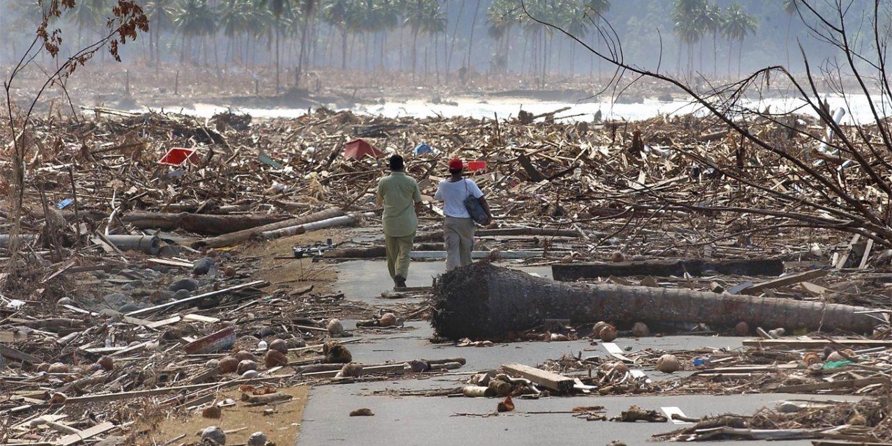 """<span class=""""entry-title-primary"""">Tsunamis já atingiram litoral do Brasil com estragos e vítimas</span> <h2 class=""""entry-subtitle"""">Pior tsunami na costa brasileira documentado ocorreu em 1755 no terremoto de Lisboa e o mais recente de 2004 elevou o mar em um metro no Rio de Janeiro</h2>"""