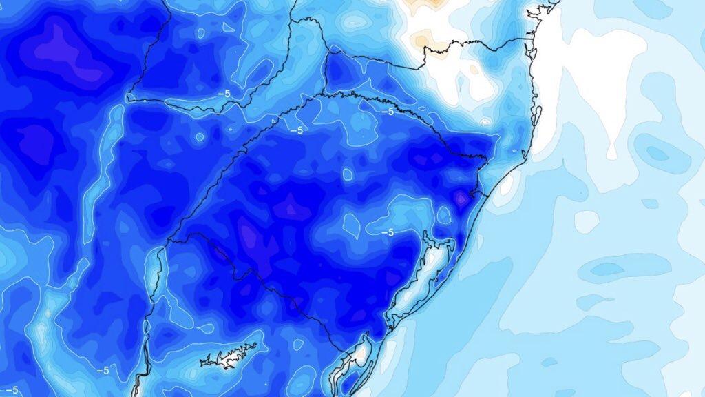 """<span class=""""entry-title-primary"""">Previsão do tempo – Frio aumenta amanhã com chance de geada</span> <h2 class=""""entry-subtitle"""">Terça-feira vai começar com temperatura muito abaixo do normal para outubro em muitas cidades do Rio Grande do Sul</h2>"""