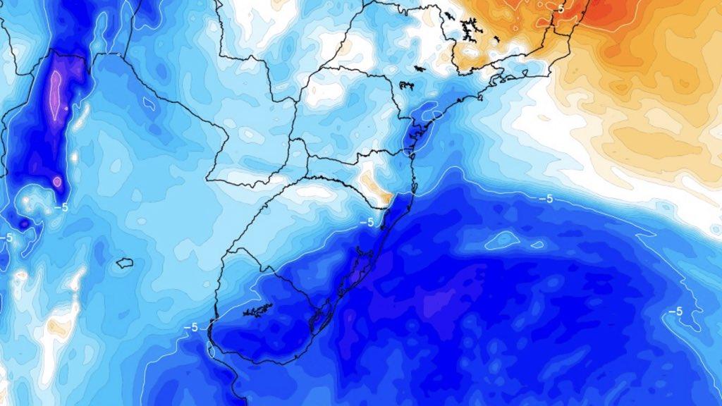 """<span class=""""entry-title-primary"""">Ar frio traz -8ºC na Argentina e chega ao Rio Grande do Sul com vento</span> <h2 class=""""entry-subtitle"""">Várias estações na Patagônia da Argentina tiveram hoje mínimas próximas dos recordes para outubro um dia após nevadas em pleno outubro</h2>"""