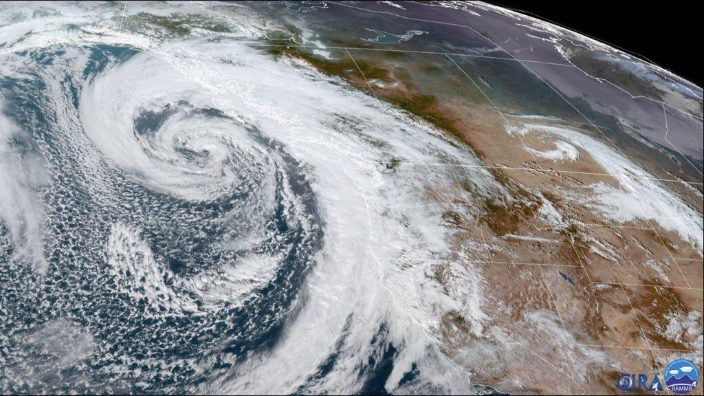 Duplo ciclone bomba e rio atmosférico extremo atingem o Oeste dos EUA Dois ciclones poderosos e um canal de umidade com força raramente vista nos últimos anos vão aliviar a seca com quantidade enorme de neve e chuva