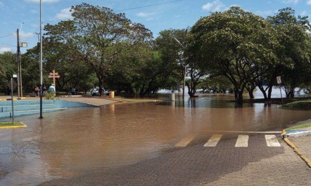 Enchente na Fronteira Oeste com cheia do Rio Uruguai