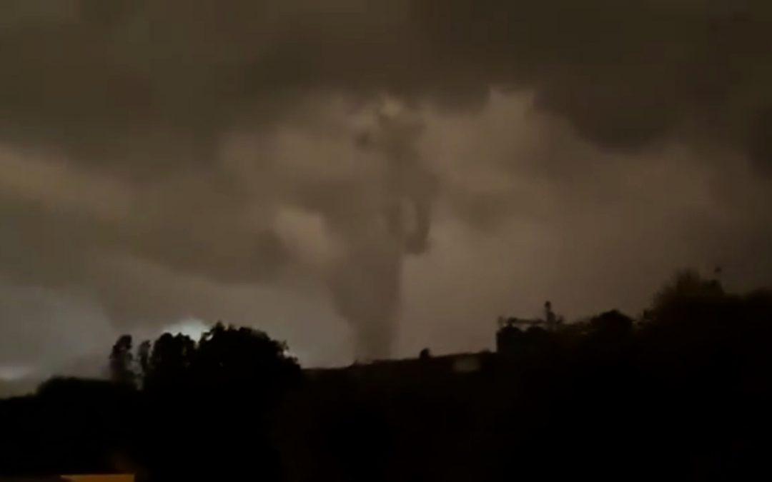 Vídeos mostram a força dos temporais deste fim de semana Tempestades severas ocorreram principalmente no Paraguai, Paraná e no Sul do Mato Grosso do Sul com danos por vento e granizo